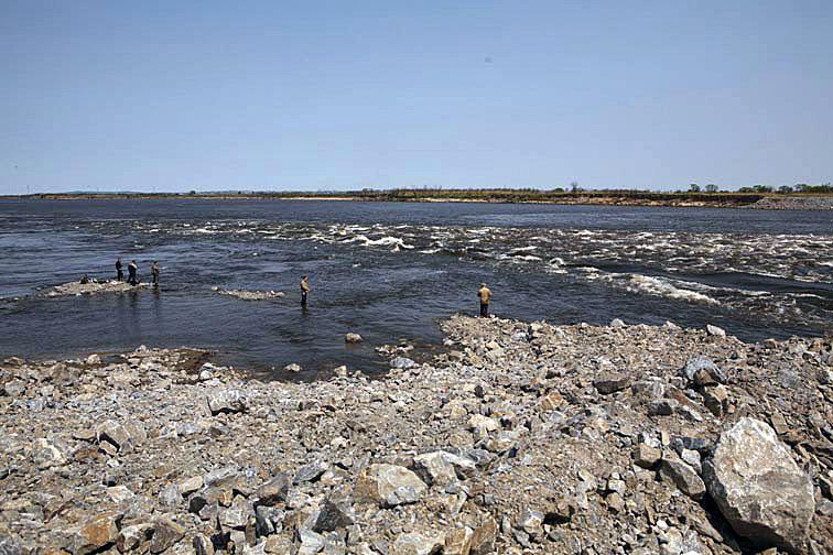 Alt-Amur flyfishing dyke