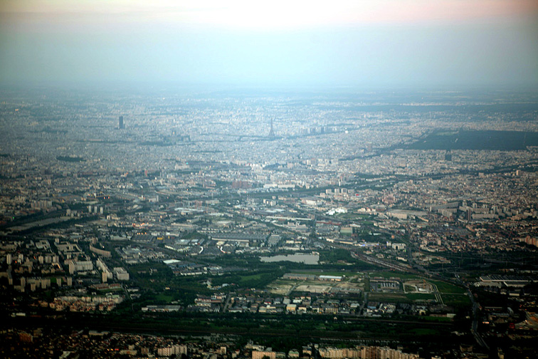 Alt-Paris aerial