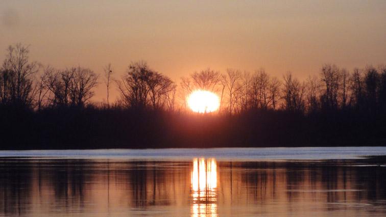 Alt-Amur-Urmi-sunrise