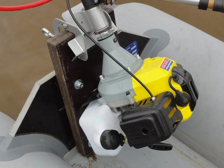 Alt-inflatble kayak-transom-Bratan-B450-airboat-Kolibri