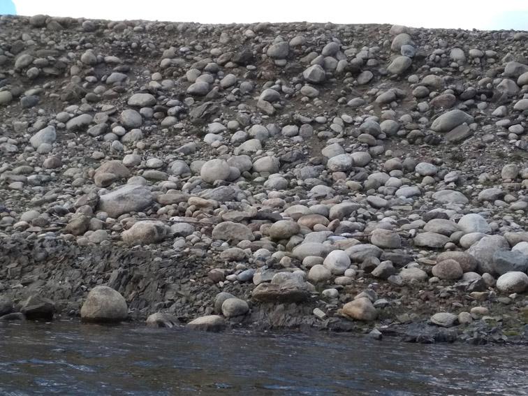 Alt-Mongolia-Selenge-Delger-Muren-rafting-flyfishing-morain