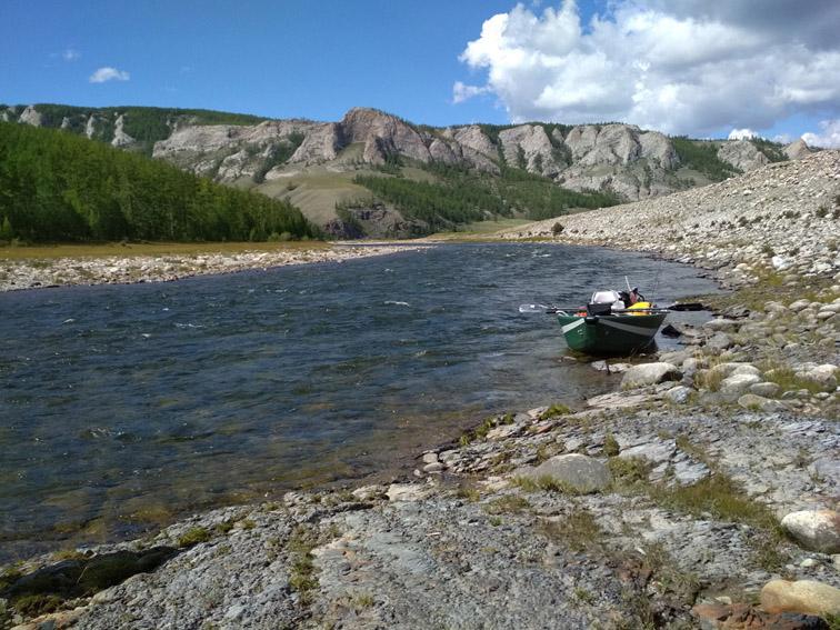 Alt-Mongolia-Selenge-Delger-Muren-rafting-flyfishing