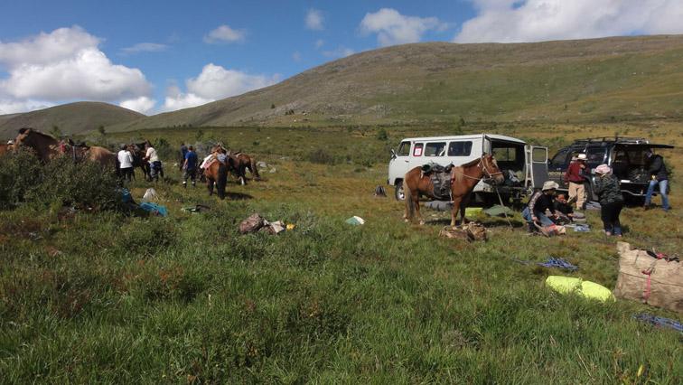Alt-Mongolia-Moron-Ulan-Uul-Shishkhid-Delger-Muren