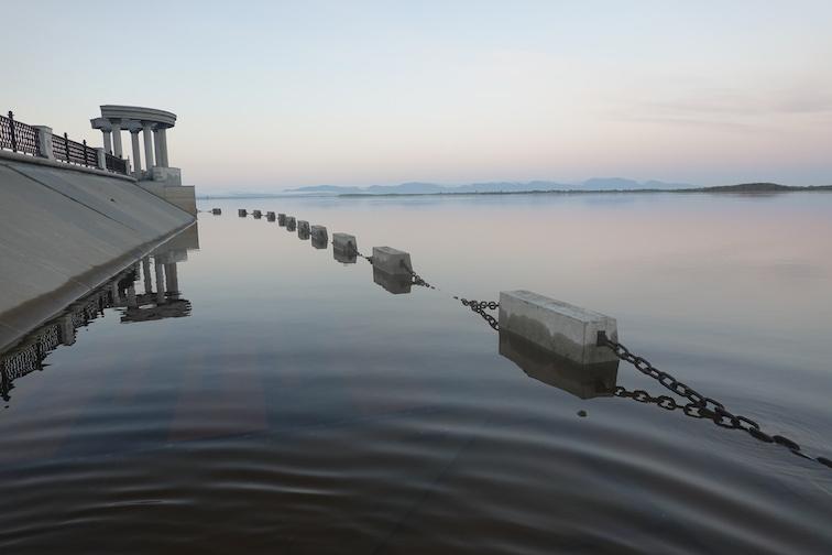 Alt-Amur River-city embankment-carp-Mandarin bass
