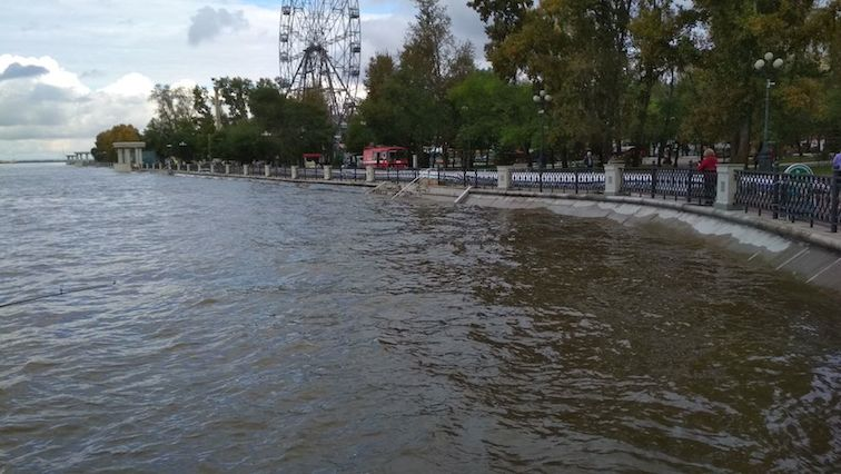Alt-Амур-паводок