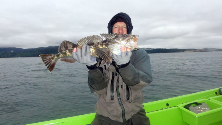 Alt-USA-Oregon-Pacific City-flyfishing-lingcod-Nestucca