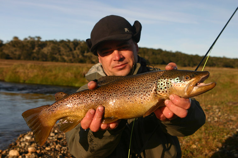Alt-Patagonia fishing